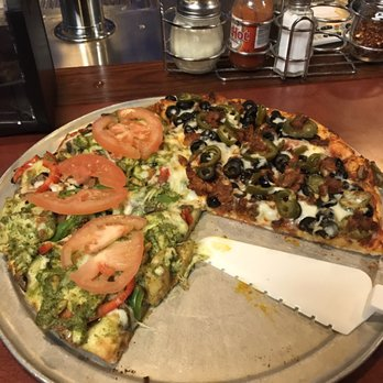 Photo Of Garlex Pizza Danville Ca United States Half Pesto En And