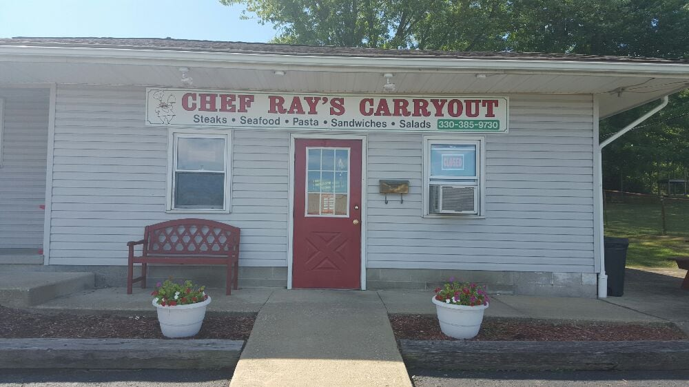 Chef Ray's Carryout: 48983 Broad St, East Liverpool, OH