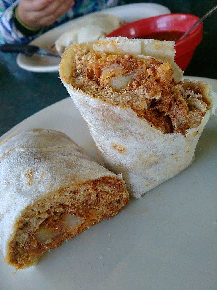Velasco's Mexican Restaurant: 29460 Auberry Rd, Prather, CA