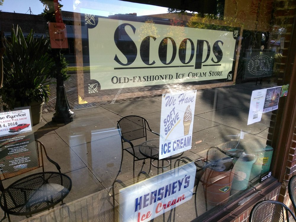 Scoops old fashioned ice cream 12