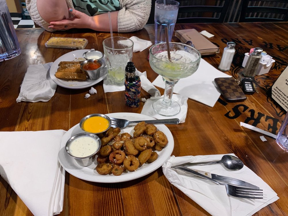 Food from Holidaze Restaurant & Lounge