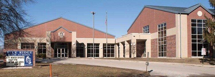 Schools: 411 N John St, Farmer City, IL