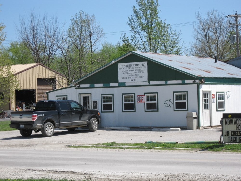 Panther Drive In: 606 Main St, Polo, MO