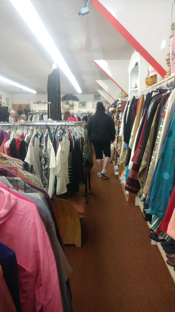 Indian Valley Thrift Shop: 802 Main St, Greenville, CA