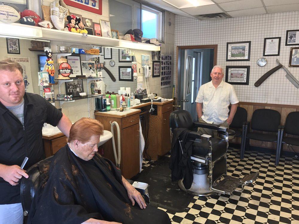 Brad's Barbershop: 54 N Main St, Spanish Fork, UT