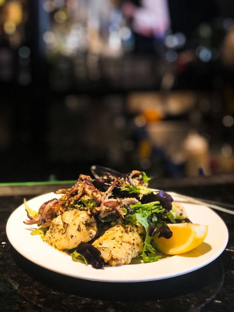 Café Santorini: 64 W Union St, Pasadena, CA