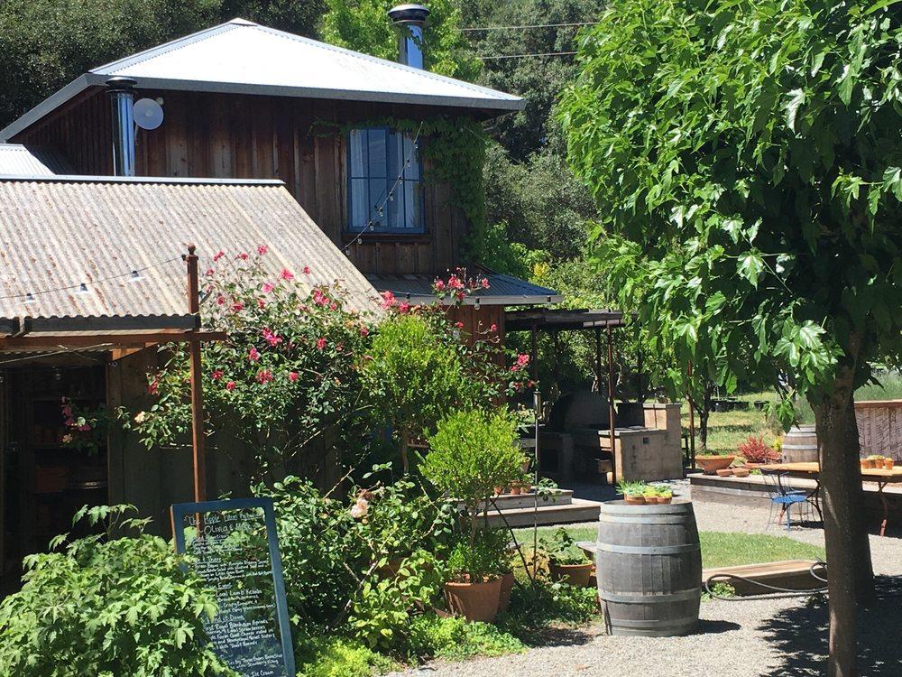 The Apple Farm: 18501 Greenwood Rd, Philo, CA