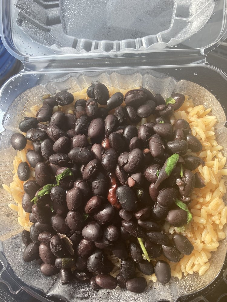 J Zapata Mexican Food Truck: Hazle Township, PA