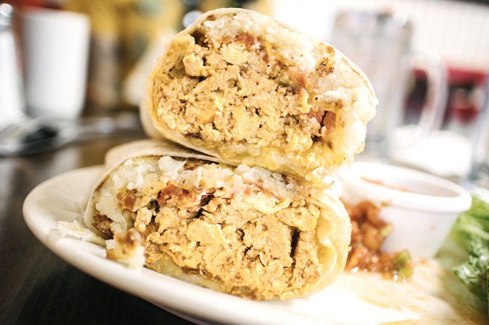 Alabama Hills Cafe & Bakery: 111 W Post St, Lone Pine, CA