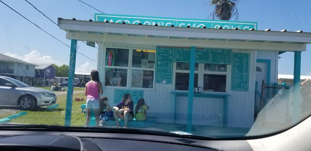 Meagan's Sno Balls and Ice Cream: 2967 LA-1, Grand Isle, LA