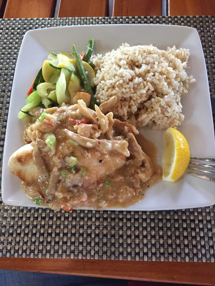 Fresh onaga delicious red snapper yelp for Uncle s fish market grill