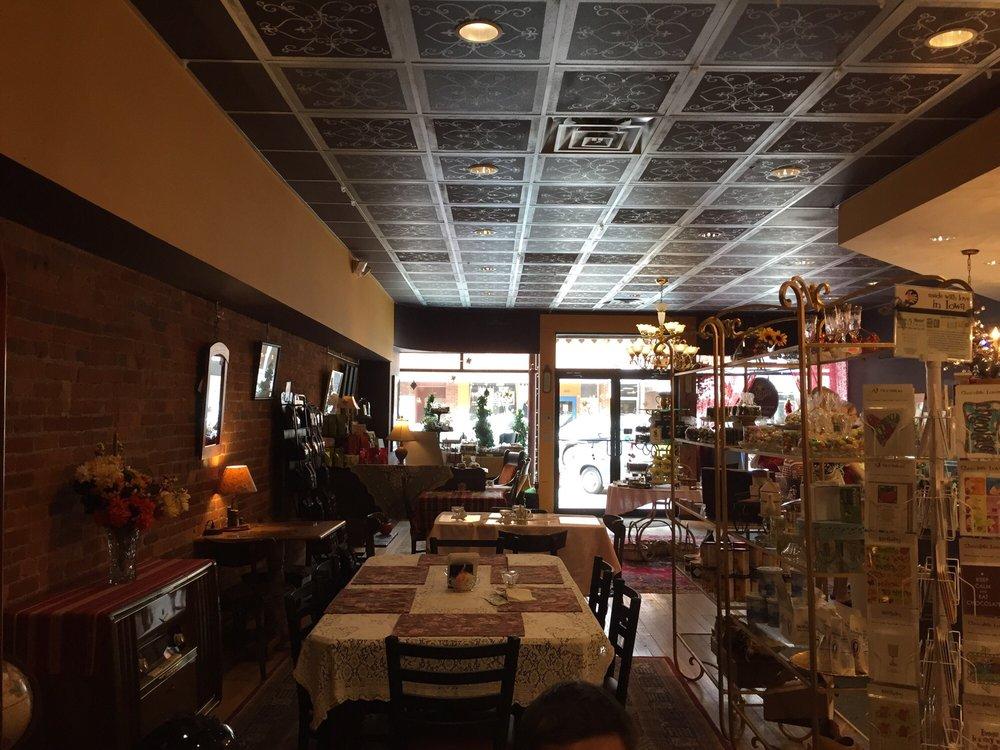Chocolaterie Stam - Ames: 230 Main St, Ames, IA