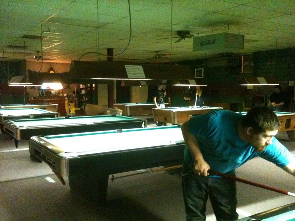 Bucket's Billiards: 4711 Grand Ave, Fort Smith, AR