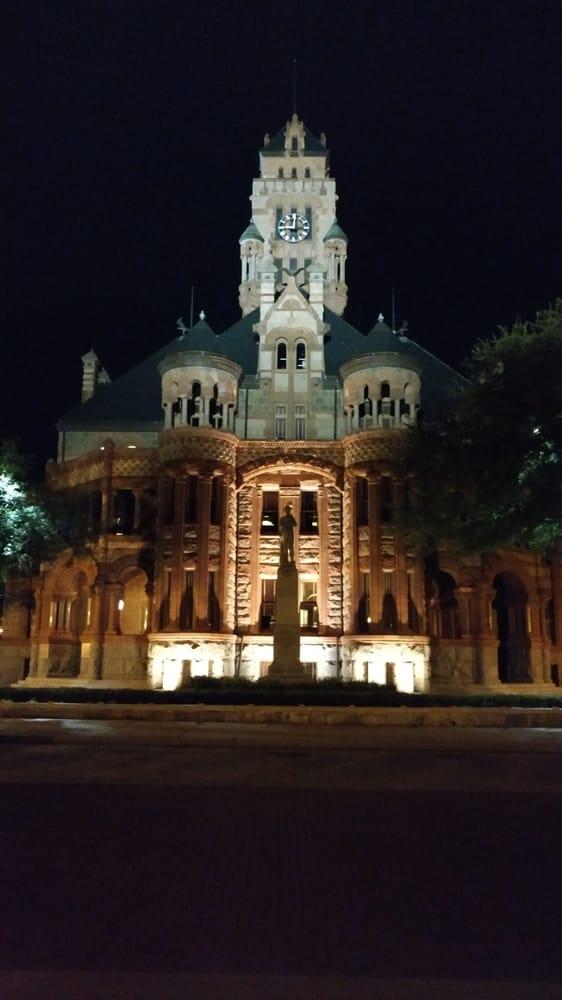 Waxahachie Haunted History Tours: 101 E Main St, Waxahachie, TX