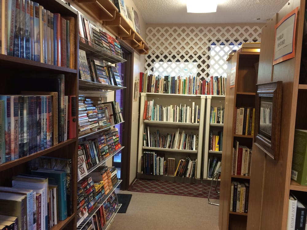 Donna's Books: 2785 Frontage Rd, Reedsport, OR