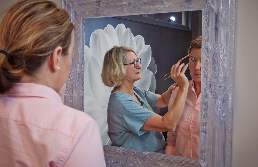 Deborah vanVliet, MD - The Van Vliet Clinic