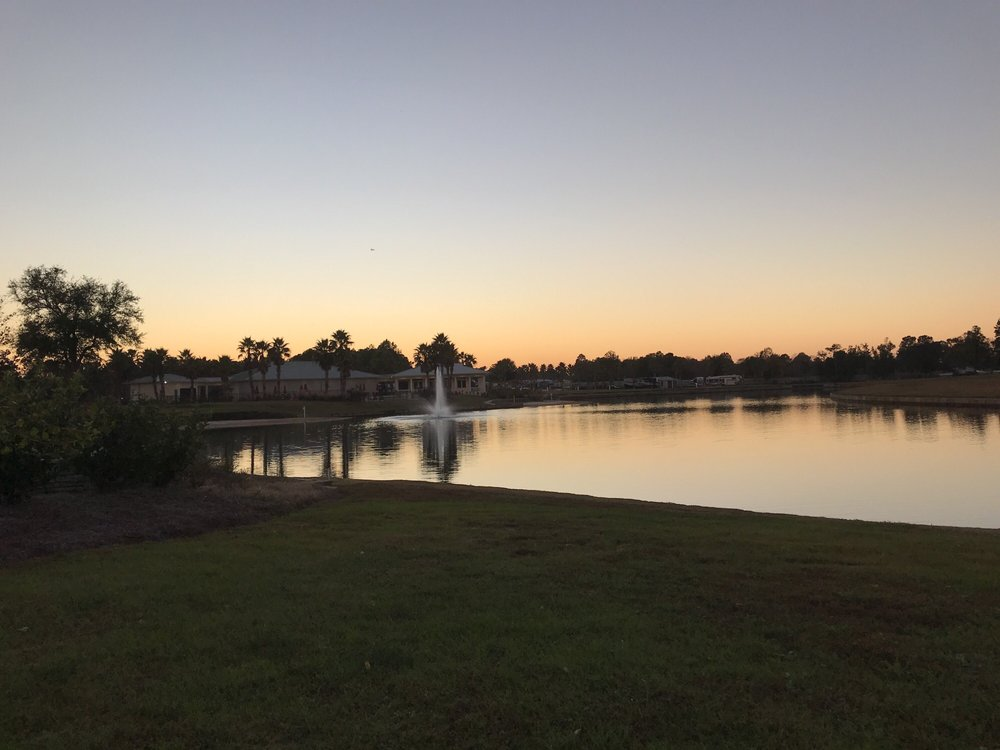 Lake Osprey RV Country Club: 12054 Gateway Dr, Elberta, AL