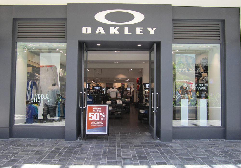 4da5626f249 Oakley O Store Glendale Galleria « Heritage Malta