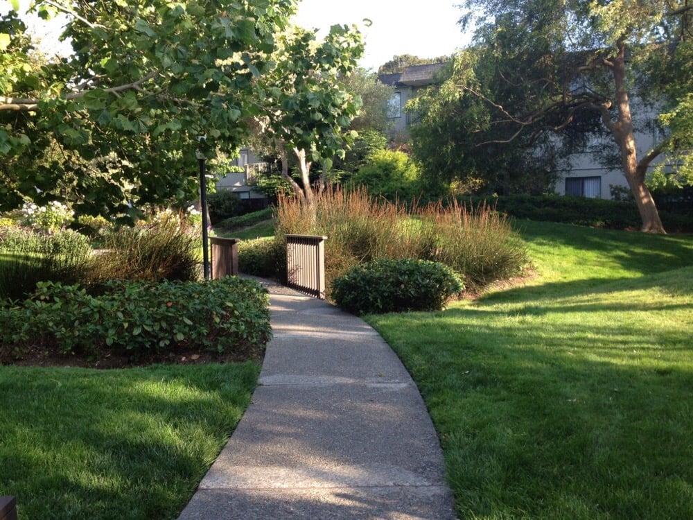 Shelter Creek Condominiums - 35 Photos & 43 Reviews - Condominiums ...