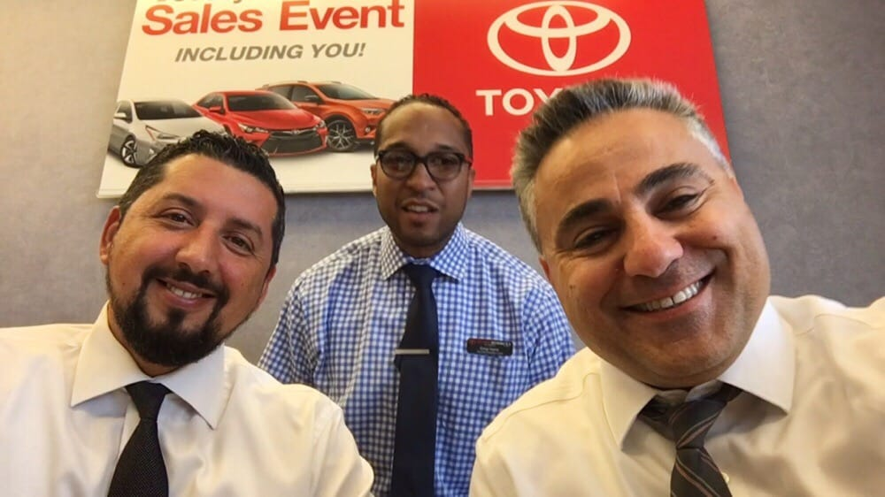 toyota on western 38 photos 34 reviews tires 6941 s western ave marquette park chicago. Black Bedroom Furniture Sets. Home Design Ideas