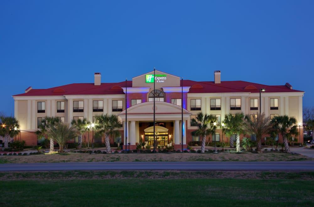 Holiday Inn Express & Suites Wharton: 10247 Hwy 59, Wharton, TX