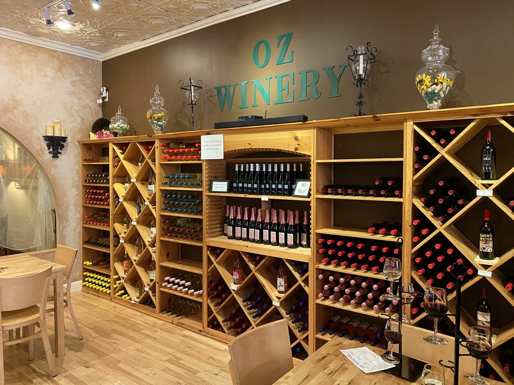Oz Winery: 417A Lincoln Ave, Wamego, KS
