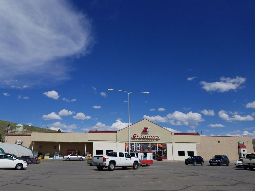 Broulim's Supermarket: 130 S 4th St, Montpelier, ID