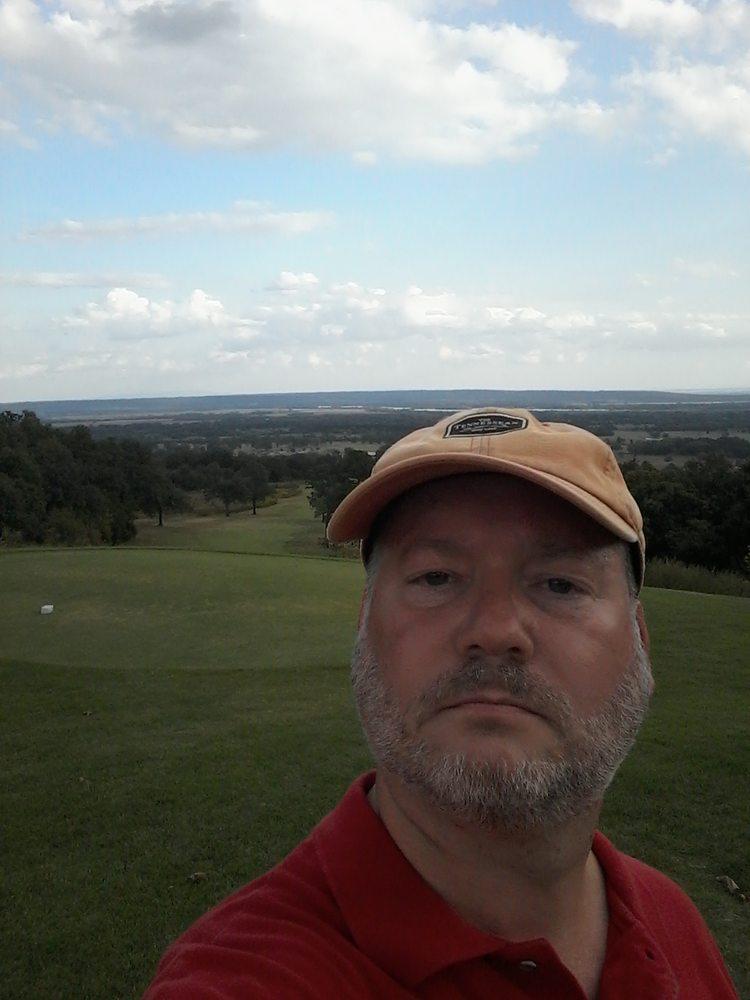 Eagle Crest Golf Course: 3926 Golf Course Dr, Alma, AR
