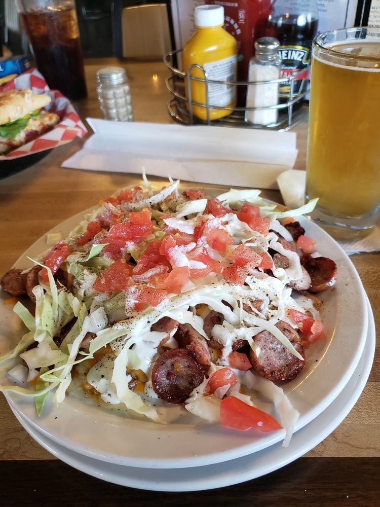 The Railside Bar & Grill: 8805 Michigan 32, Elmira, MI