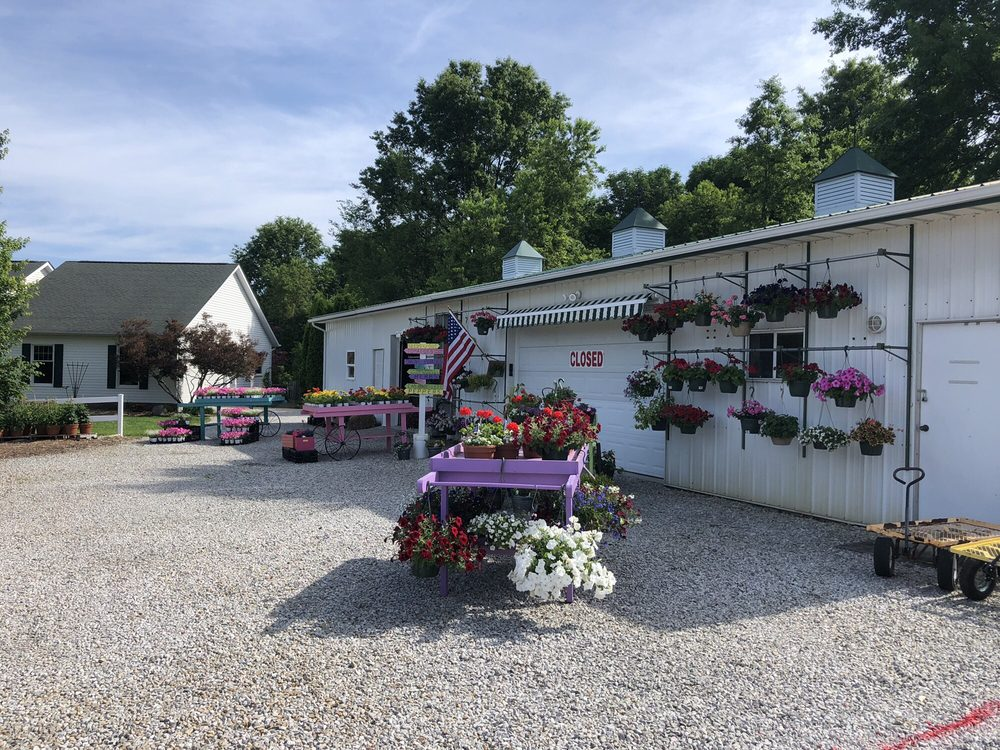 Nightcrawler Gardens: 1700 Pleasantvle Rd NE, Pleasantville, OH