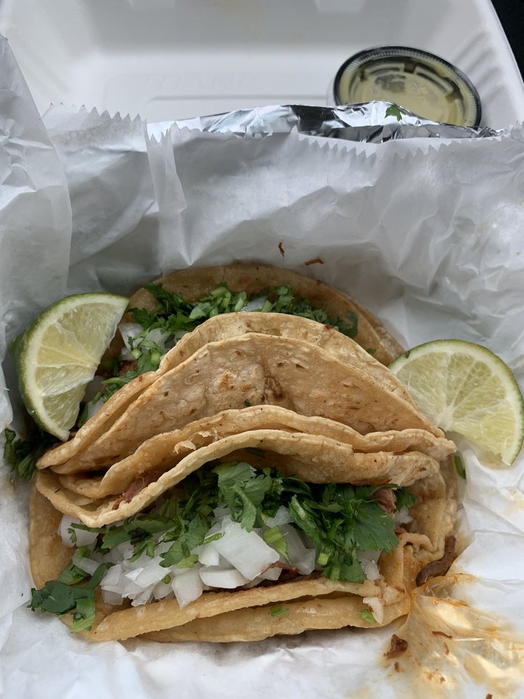 La Sabrosa Grocery & Restaurant: 2590 County Rd, Middleburg, FL