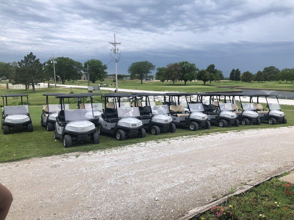 North Bend Golf Course: 411 Cottonwood St, North Bend, NE