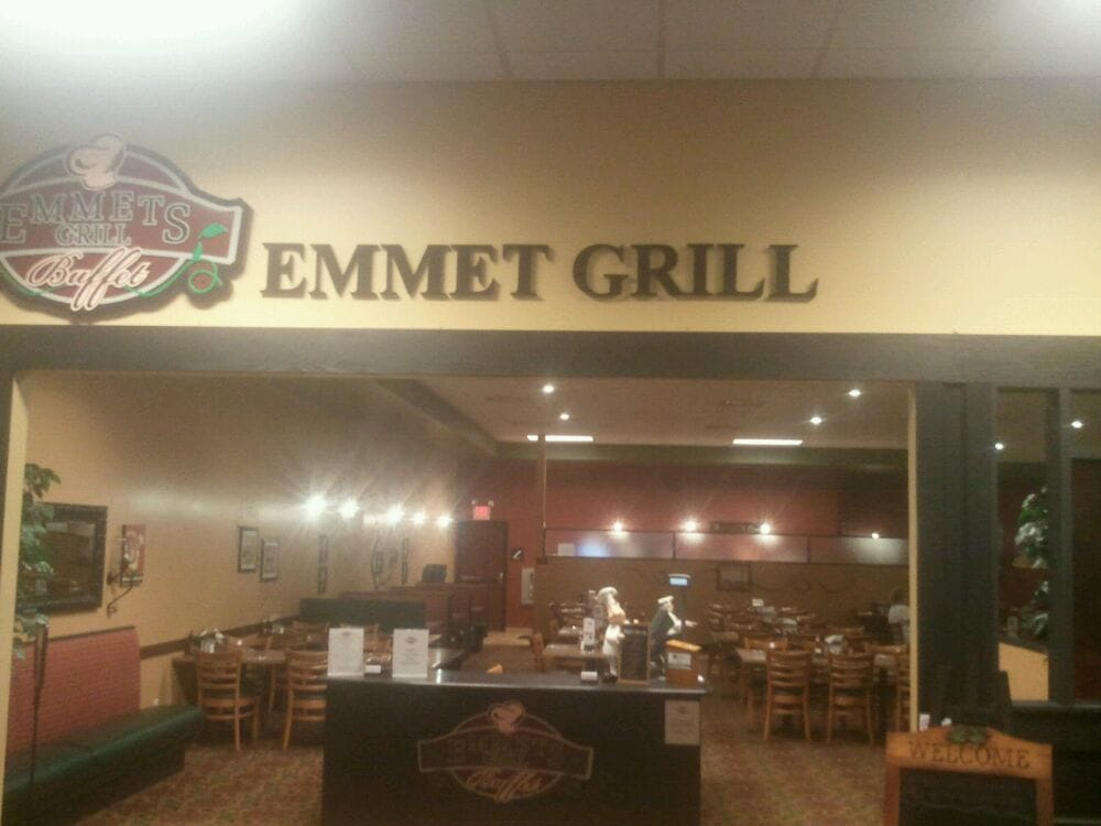 Emmet's Grill Buffet: 777 Main St, Emmetsburg, IA