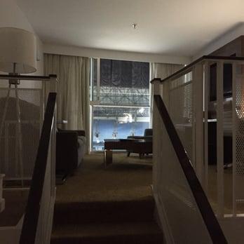 Uber Toronto Phone Number >> Toronto Marriott City Centre Hotel - 165 Photos & 87 Reviews - Hotels - One Blue Jays Way ...