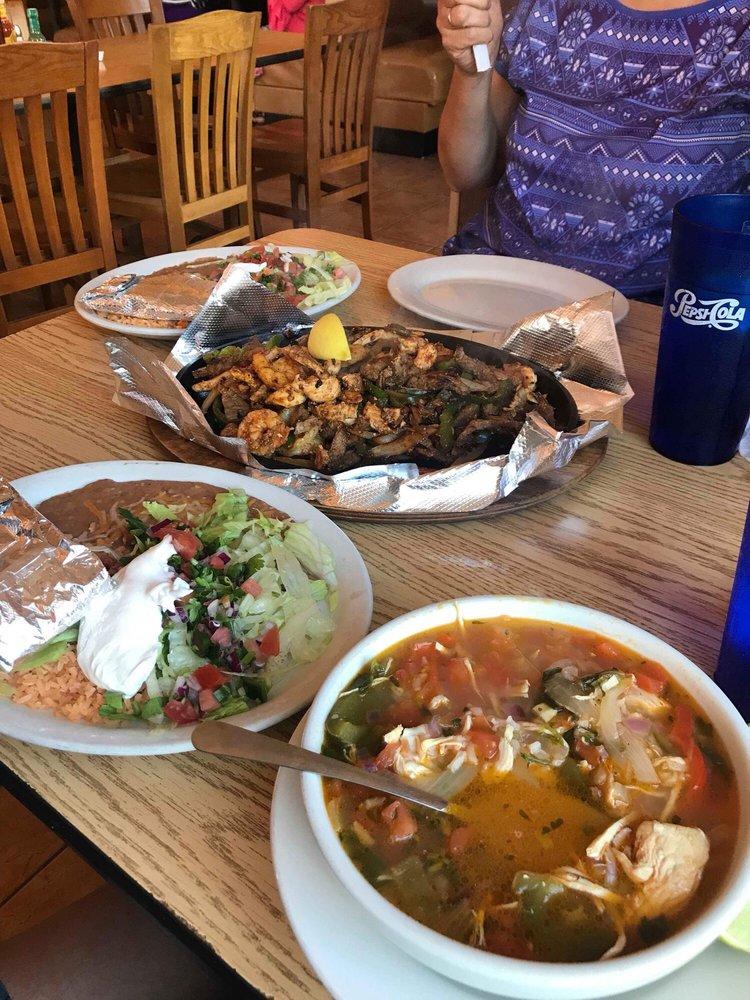 Mariachis Mexican Restaurant: 780 Chestnut St, Berea, KY