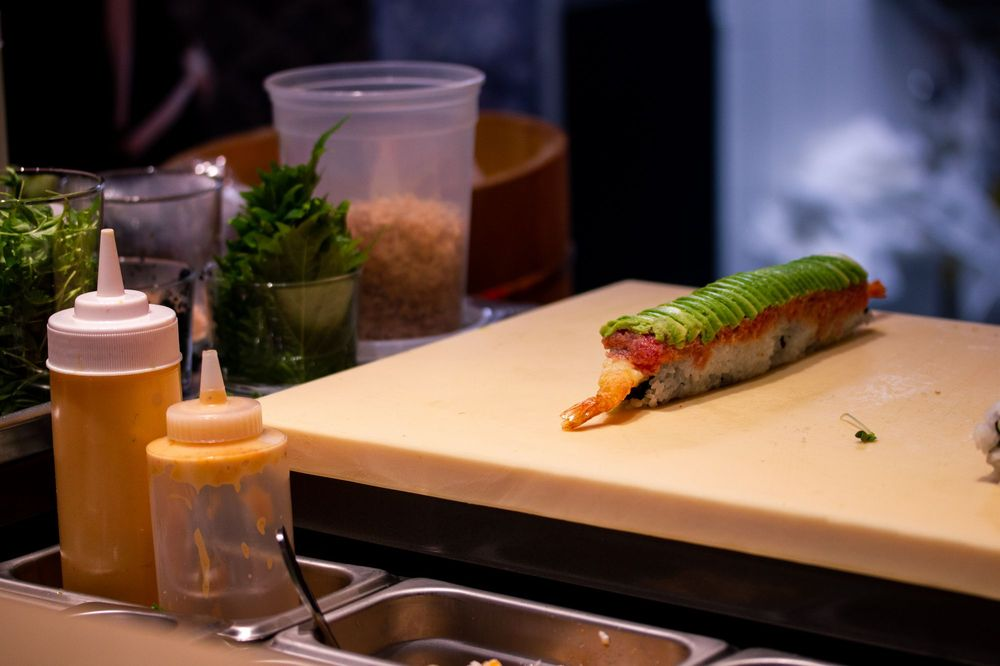 KENAKI Sushi Counter: 706 Center Point Way, Gaithersburg, MD
