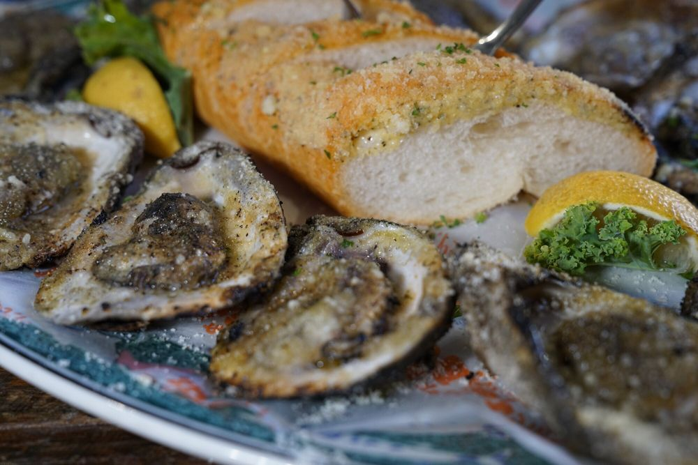 Mr Ed's Oyster Bar, Bienville