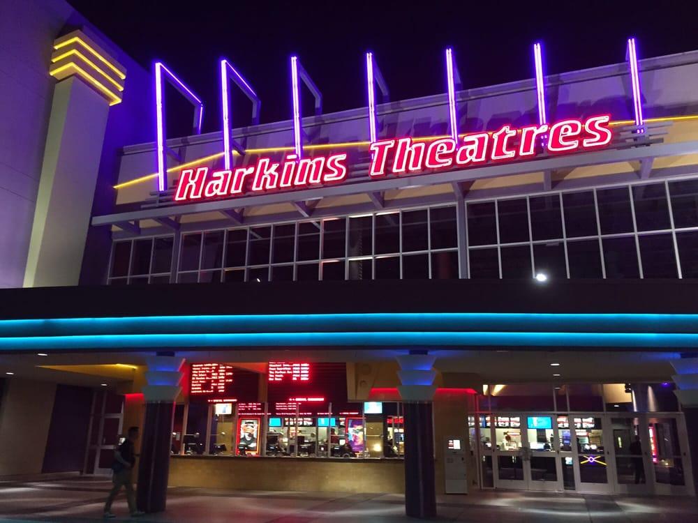 Chandler Fashion 20 : Harkins Theatres 97