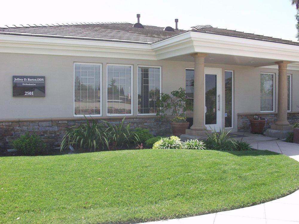 Jeffrey Barton, DDS: 2501 E Hatch Rd, Modesto, CA