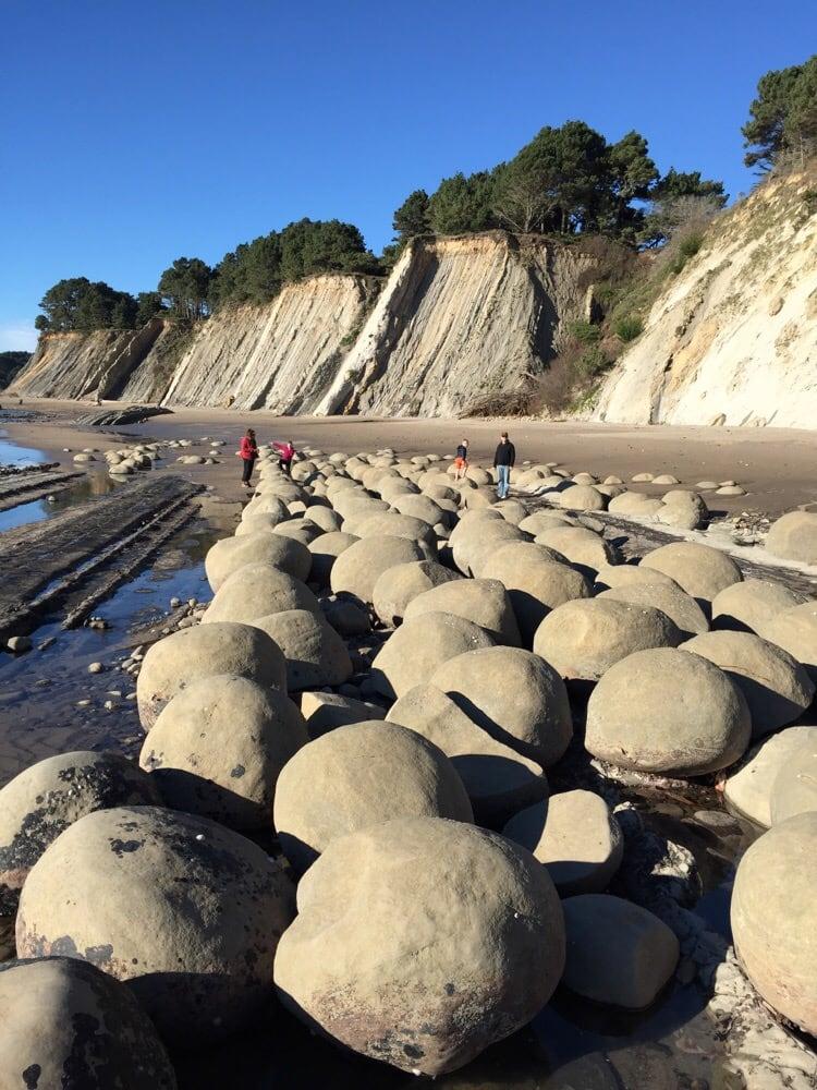 bowling ball beach near - photo #32