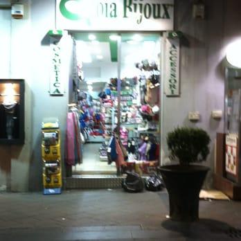 2132093e029ad Gioia Bijoux - Jewelry - Via Chiaia 68