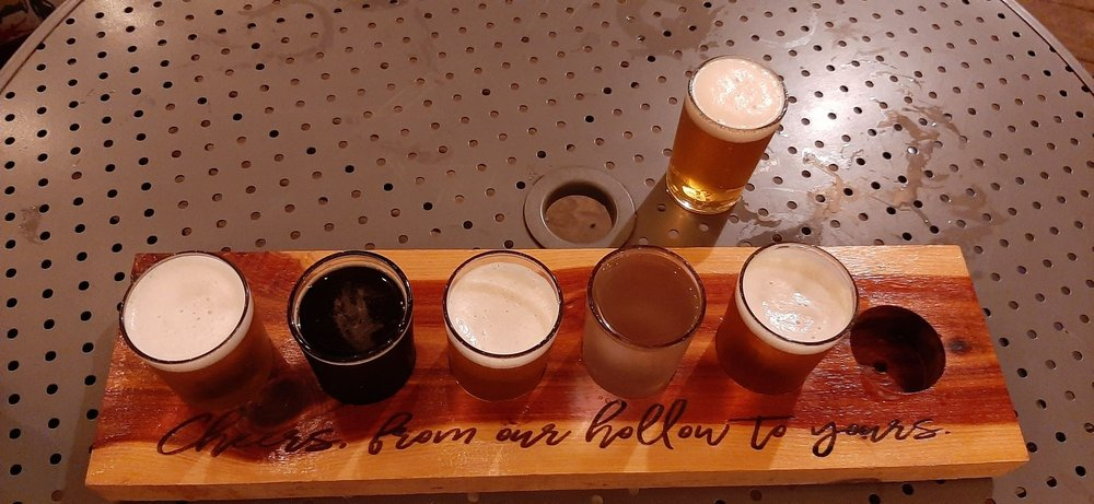 Hungry Hallow Brewery: 14396 Farm Rd 2140, Cassville, MO