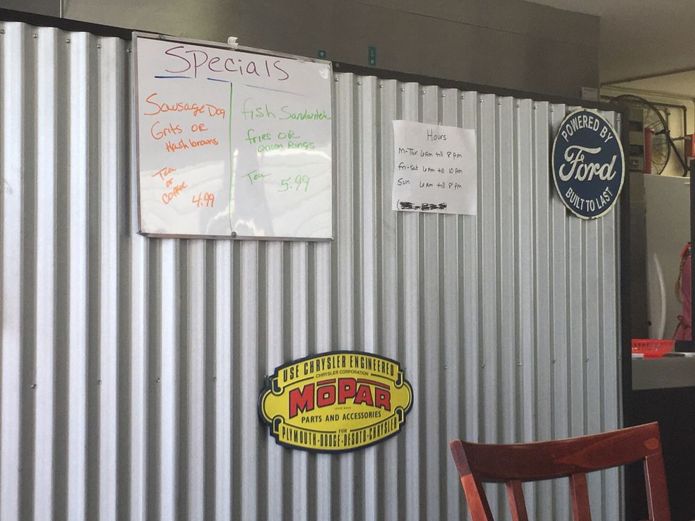 Hot Rod's Grill: 126 White Lake Dr, White Lake, NC
