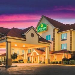 Photo Of La Quinta Inn Suites Rusville Ar United States