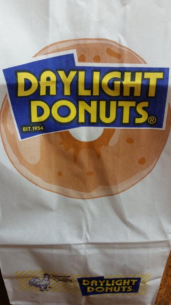 Daylight Donuts: 412 Alpine Hwy, Alpine, UT