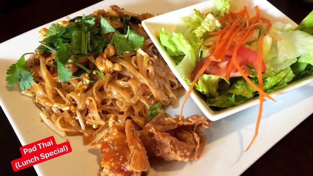 Bangkok Avenue Thai Cuisine: 2350 E Thousand Oaks Blvd, Thousand Oaks, CA