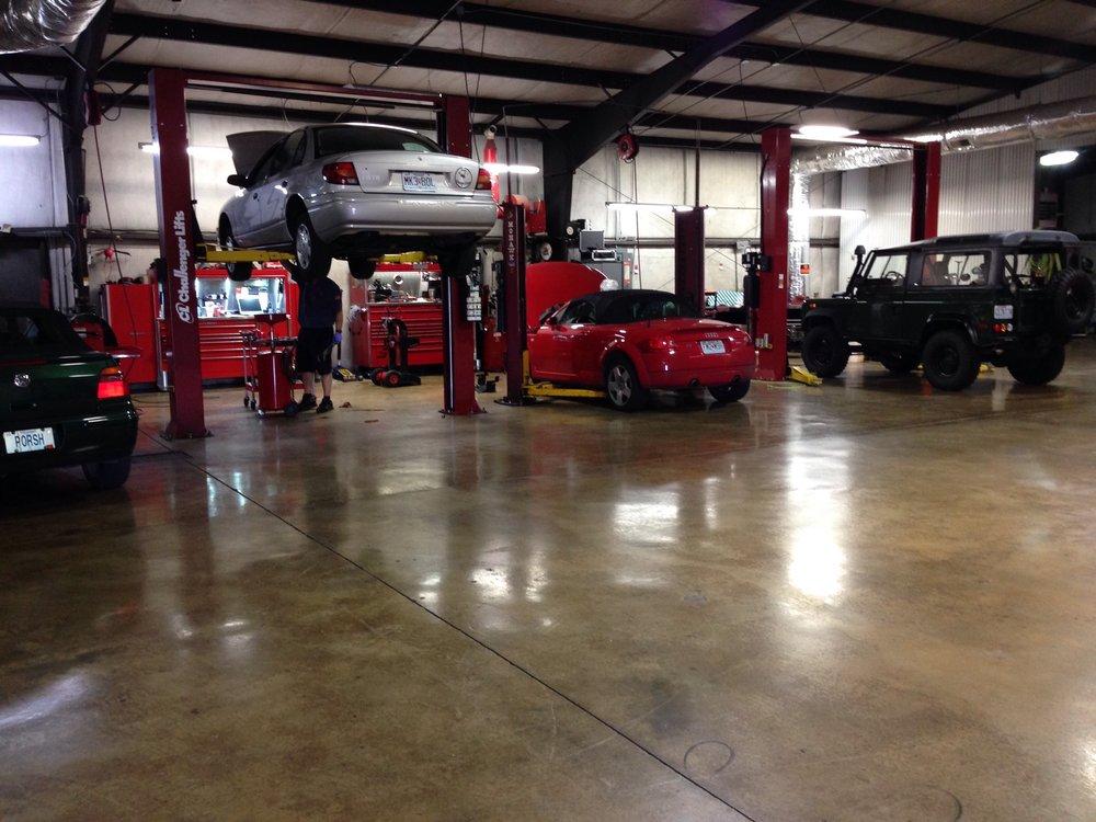 European Motorcar Service: 1302 Eaglecrest St, Nixa, MO