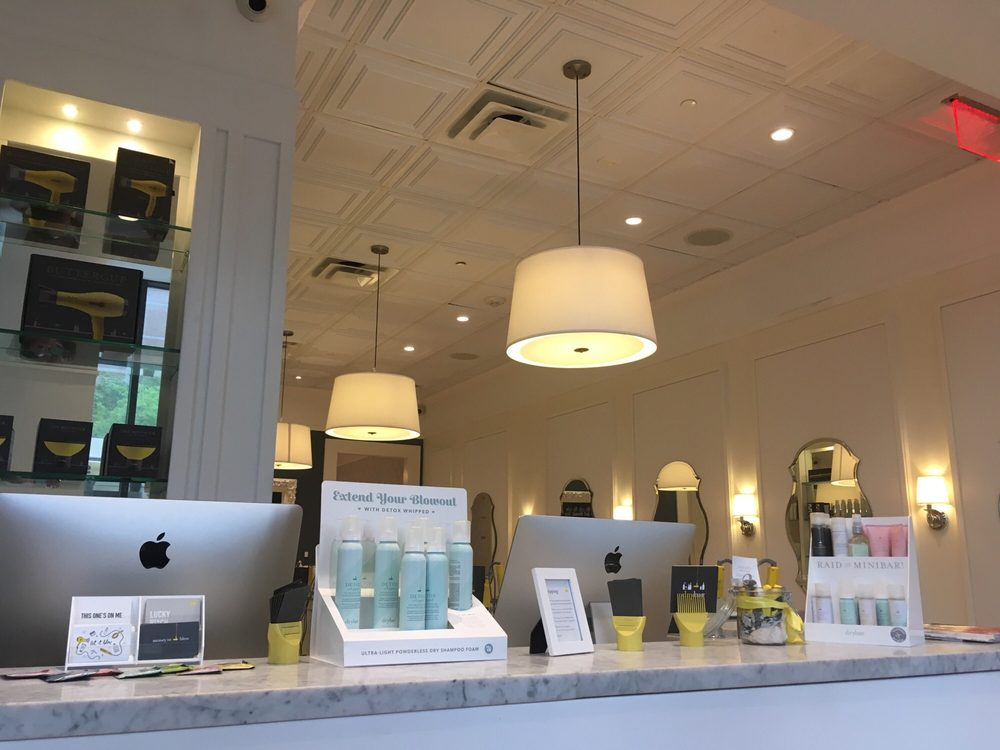Drybar Hell S Kitchen New York Ny