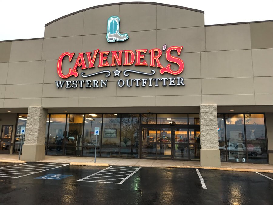 Cavenders Western Outfitter: 7605 Rogers Ave, Fort Smith, AR