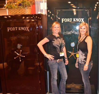 Safes R Us - Safe Stores - 12757 E Fwy, Northshore, Houston, TX